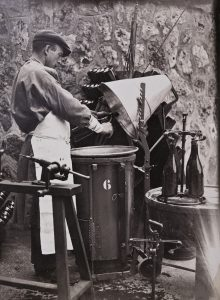 Vintage Champagner Herstellung ©Pommery